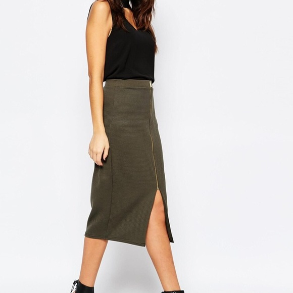 94445ec5ed New Look Ribbed Zip Pencil Skirt - Green